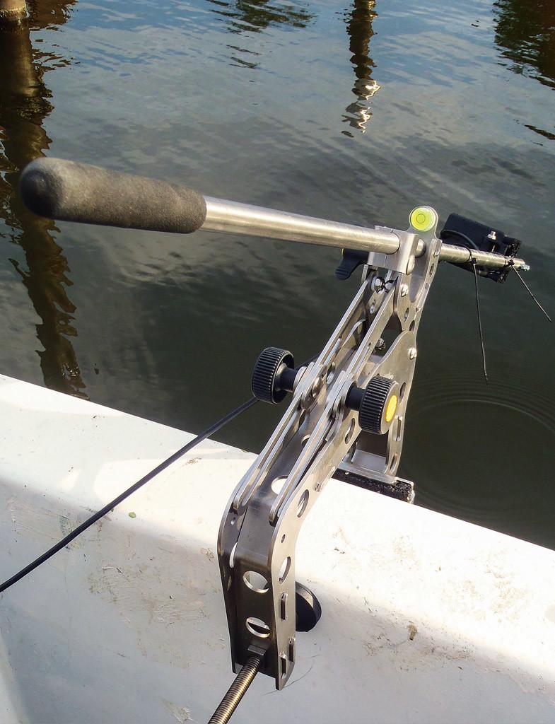 Der Geber sollte seitlich auf der Bordwand montiert sein um perfekt im Echolotkegel zu fischen.