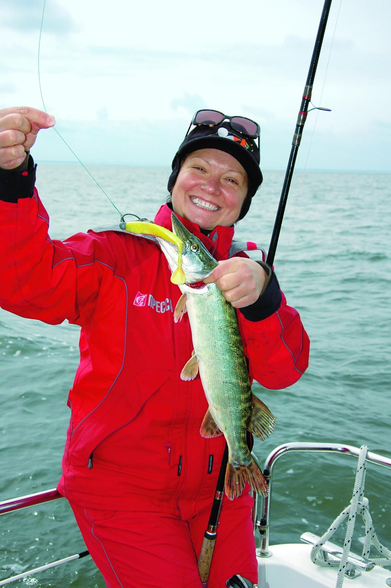 Zwischen Festland und der Insel Usedom mündet die Peene mit ihrem Strom in die Ostsee und schafft hier einen unglaublichen Fischreichtum. Foto: BLINKER
