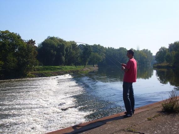 Hier sprudelt das sauerstoffreiche Wasser. Das zieht Kleinfische und mit ihnen die Hechte an. Foto: BLINKER/Wilde