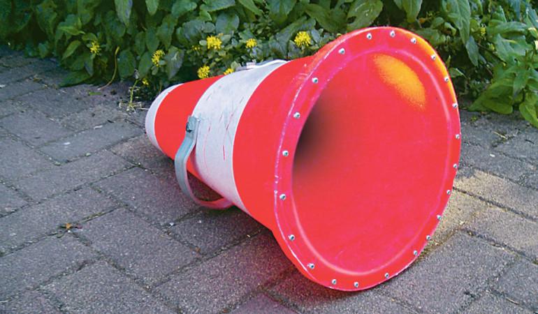 Das Aquascope dient dazu, vom Boot aus den Gewässerboden zu beobachten, ohne dass die Wasseroberfläche reflektiert