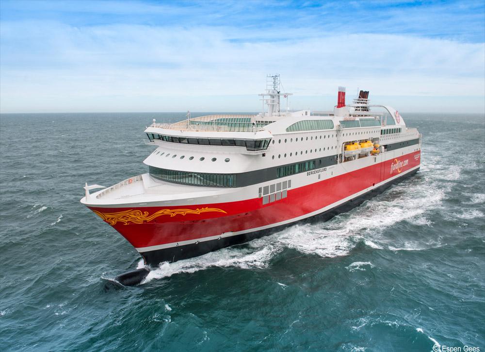 Zwei nagelneue Kreuzfahrtfähren der Fjord Line bringen Euch bequem nach Fjord-Norwegen © Espen Gees