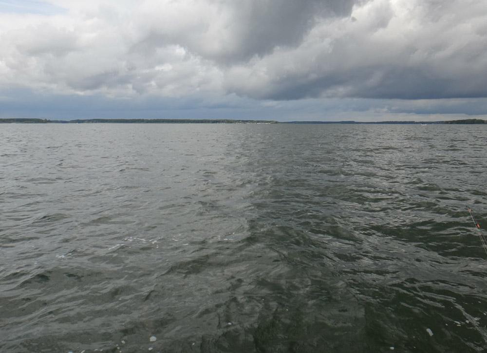 Dicke Wolken im Anmarsch. Jetzt hieß es Rückzug, bevor es gefährlich wird. Foto: S. Kaufmann