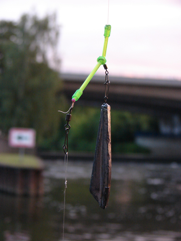 Die Grundmontage fürs Aalangeln ist simple: Ein Anti-Tangl-Boom, ein Perle, Wirbel und das Vorfach mit dem Haken - fertig! Foto: S.Kaufmann