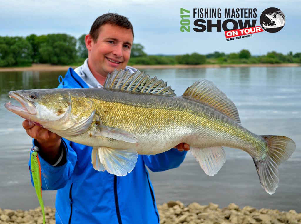 Schaut Experten wie Veit Wilde auf der Fishing Masters Show auf Fehmarn direkt am Wasser über die Schultern.