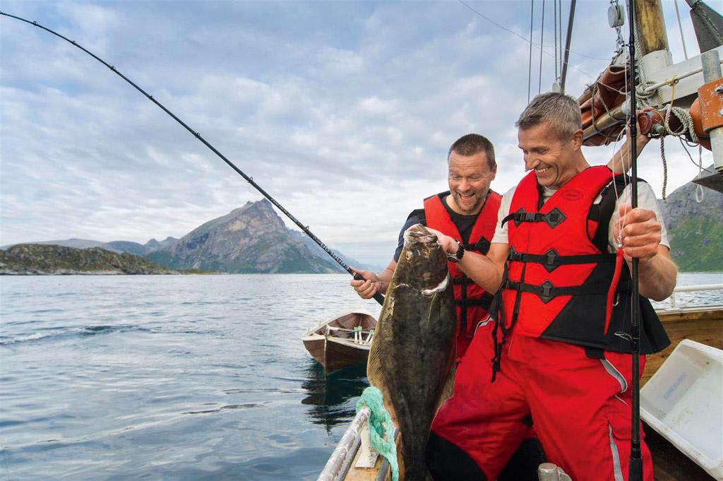 Der Traum vom Heilbutt: Beim Angelurlaub in Norwegen kann er wahr werden.