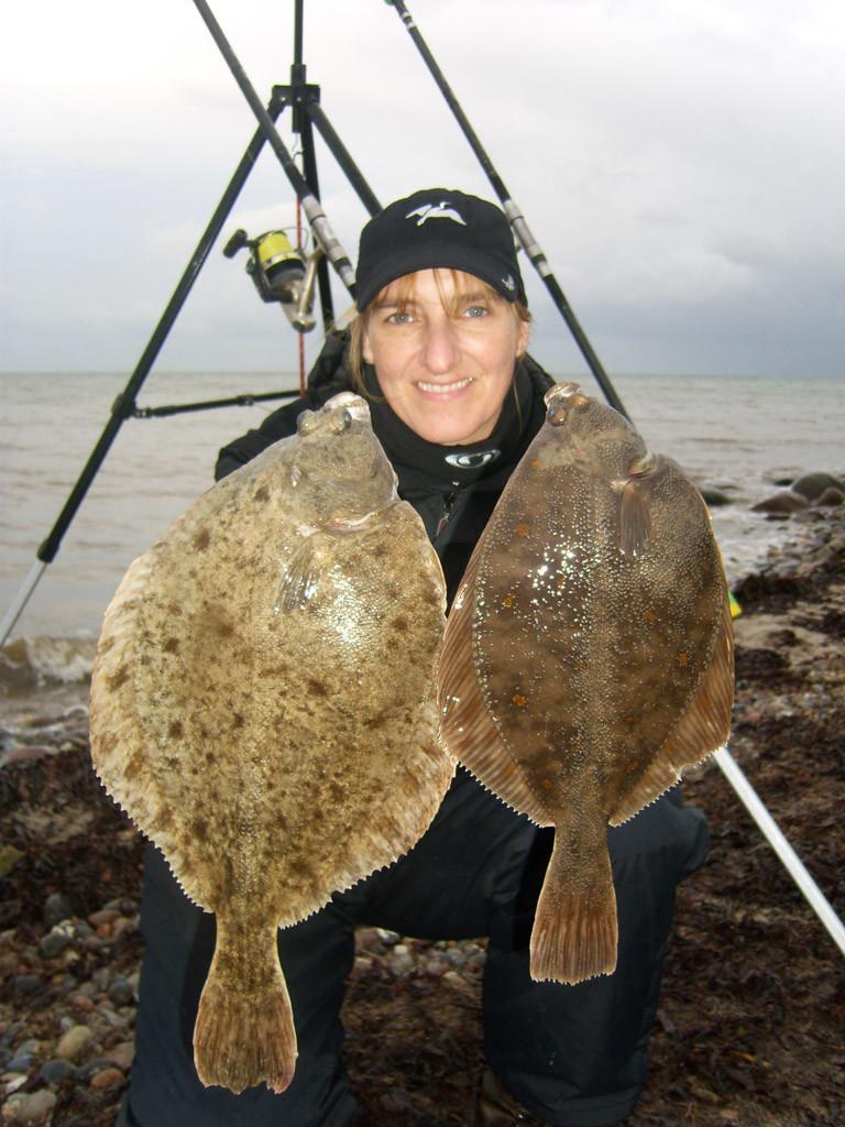 Doppelfänge sind beim Plattfischangeln keine Seltenheit. Foto: M. Wendt