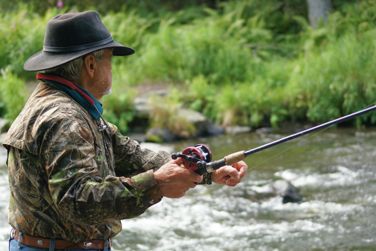 Angler vor Gericht: Ein Angler hatte in mehreren Speerzonen und in der Raubfischschonzeit geangelt. Nun muss er sich vor Gericht verantworten. Foto: pb