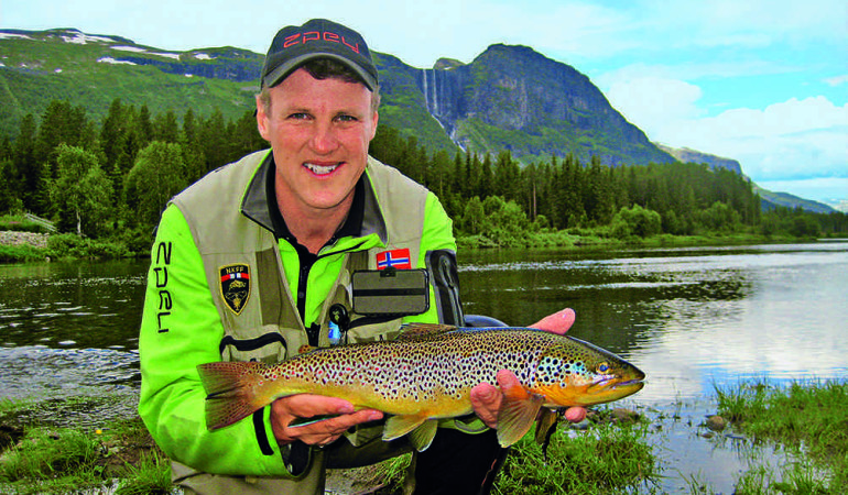 Tor Grøthe Fliegenfischen in Norwegen Bachforelle