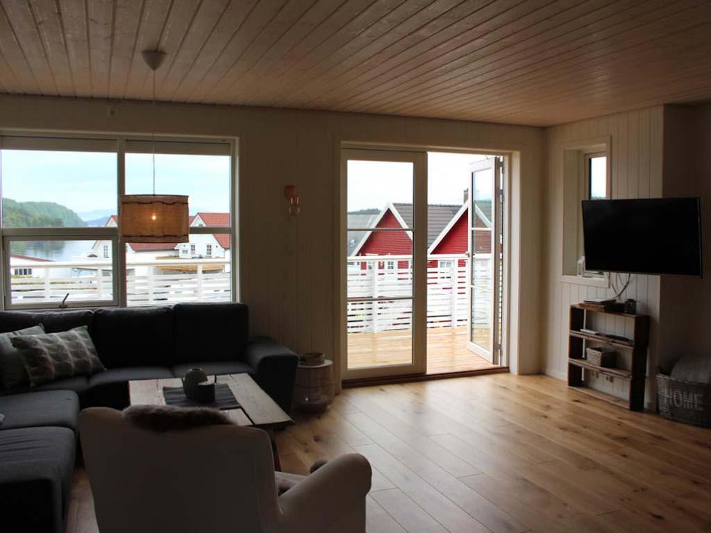 ferienhaus norwegen 10 blinker. Black Bedroom Furniture Sets. Home Design Ideas
