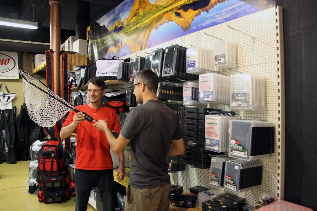 Neben den Flohmarkt-Schnäppchen findest Du auch direkt im Ladengeschäft Stollenwerk viele Angebot-Highlights. Foto: Stollenwerk