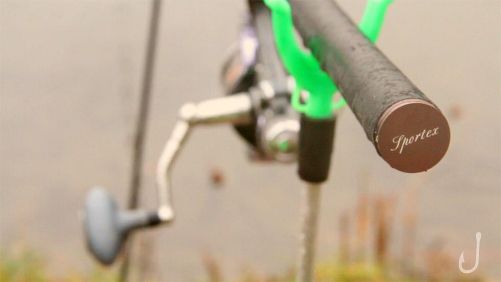 Mit einer Grundrute und Bodentaster stellten sich schnell die ersten Erfolge ein. Foto: Fischköppe