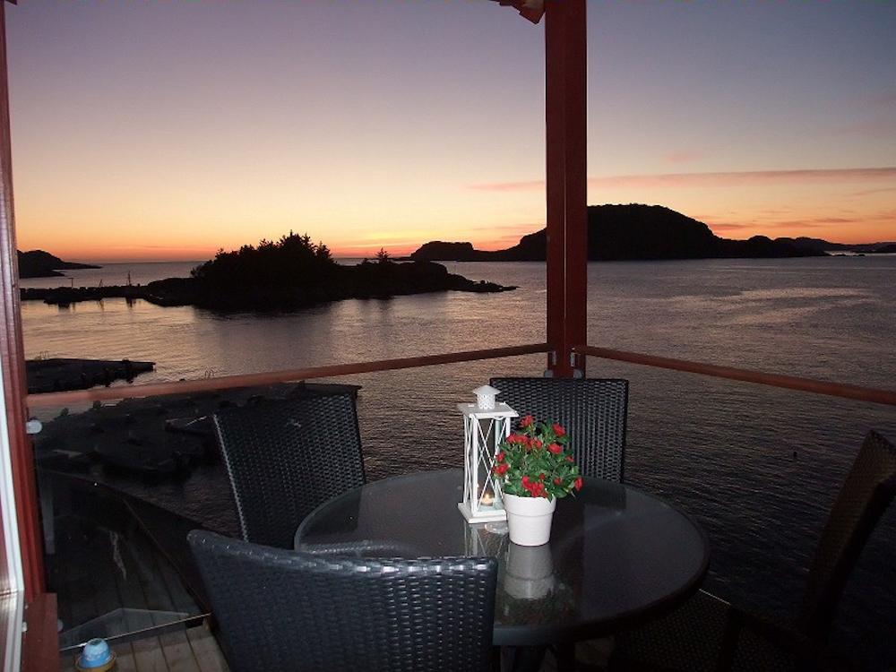 Auf der Terrasse kann man doch wunderbar den Angeltag ausklingen lassen. Foto: Borks