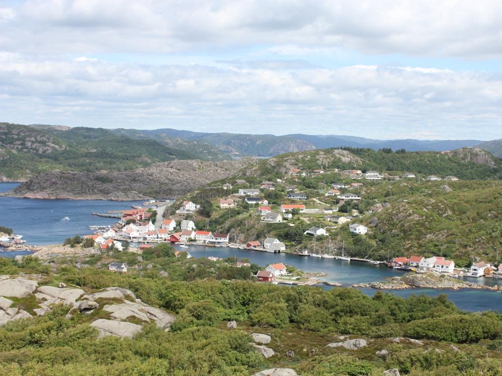 Korshamn bietet nicht nur eine große Fischvielfalt an, sondern auch landschaftlich hat die Region einiges zu bieten. Foto: Borks