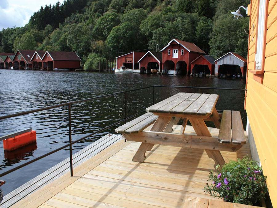 angelurlaub norwegen ferienhaus am fedafjord bei hidra. Black Bedroom Furniture Sets. Home Design Ideas
