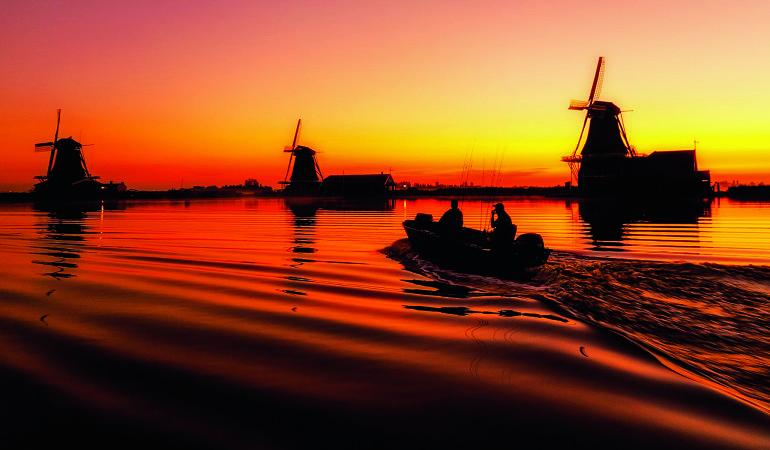 Wunderschöne Landschaften und dicke Fische – auf dem Online-Portal für Angler in Holland findet man alle Infos rund um das Angeln in den Niederlanden.