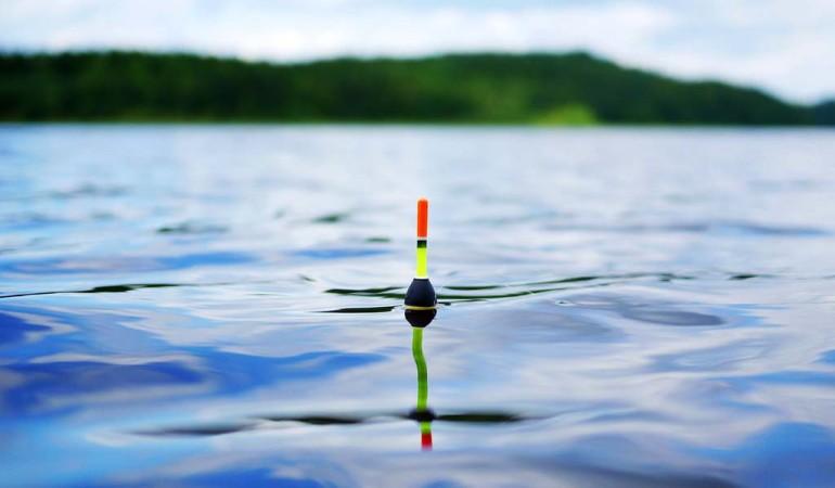 Loten beim Angeln ist gerade an stark befischten oder an gänzlich unbekannten Gewässern effektiv, um herauszufinden,wie es am Grund aussieht und wie die Tief das Gewässer ist. Foto: pb/privat