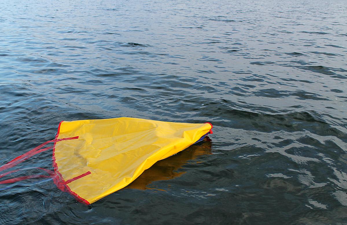 Ein Driftsack hilft beim Bootsangeln. Foto: BLINKER