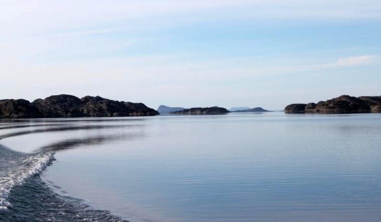 Nur wenige Fahrmeter mit dem Boot, erreicht man die Top-Fanggründe im SOGNESJØEN. Foto: Borks