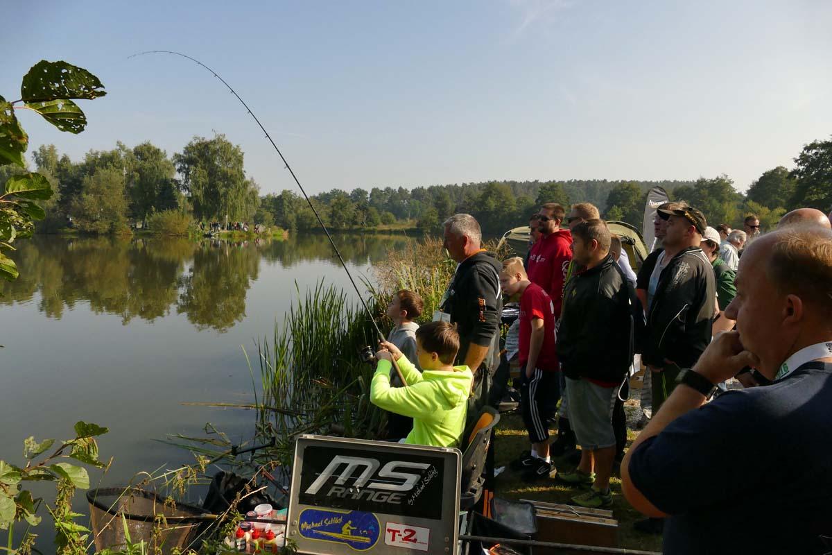 Die Angelexperten einmal live am Wasser erleben: Auf der Fishing Masters Show ist das möglich. Foto: FMS