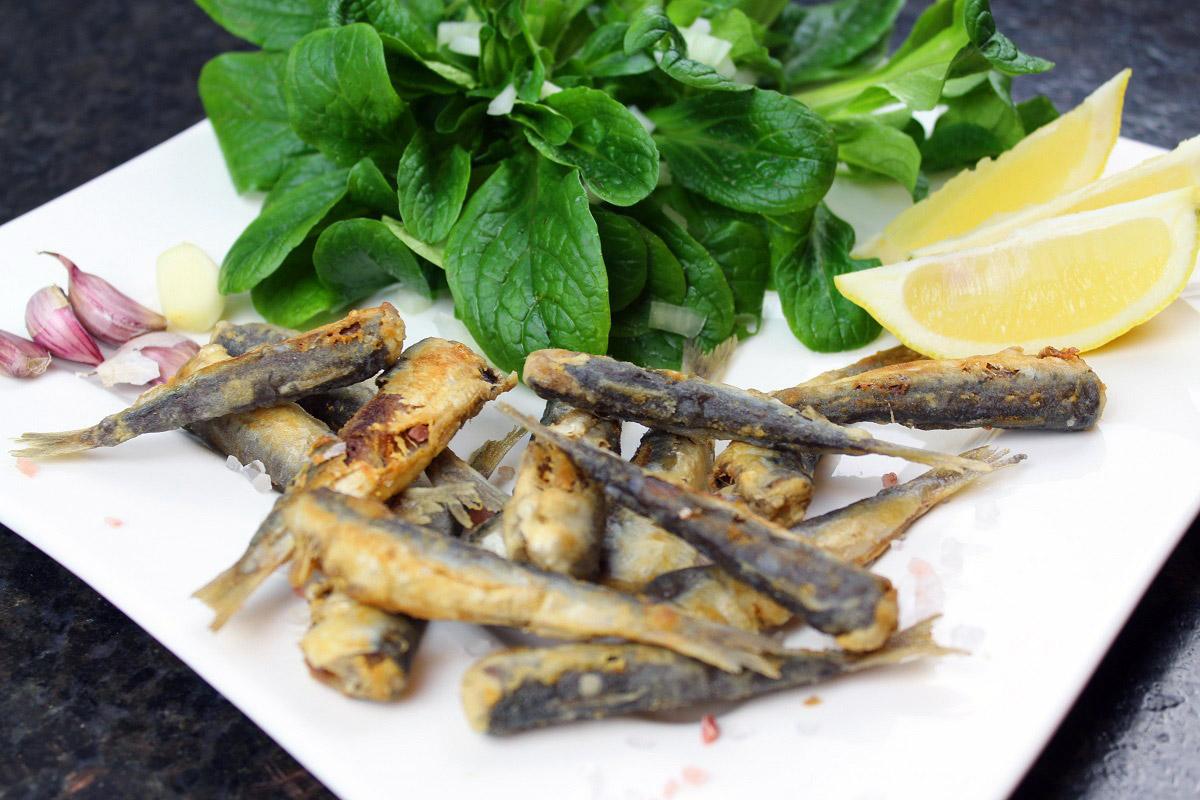 Anja Auer, die Frau vom Grill, zeigt Euch hier ihr favorisiertes Sardinen Rezept, mit dem ihr diese Fische wunderbar zubereiten könnt. Foto: A. Auer