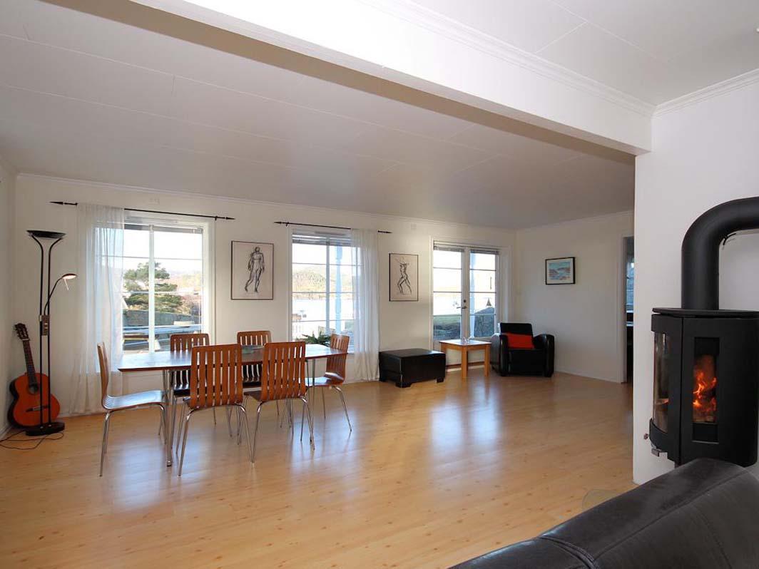 Das Haus bietet Platz für acht Personen und ist gemütlich eingerichtet. Foto: Borks