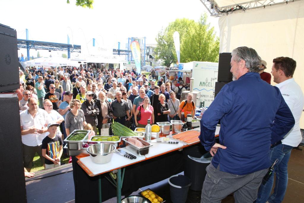 Auf der Showbühne fanden viele Vorträge und Kochshows statt.