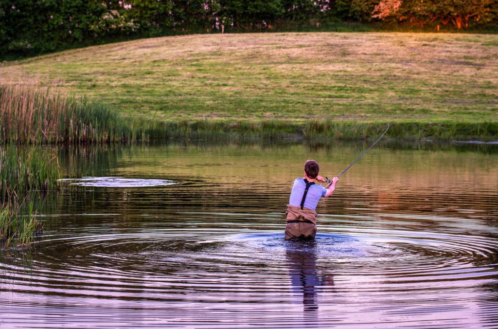 Dank der parabolischen Aktion der Floatrute schlitzt der Karpfen nicht so leicht aus. Foto: BLINKER/ W.Krause