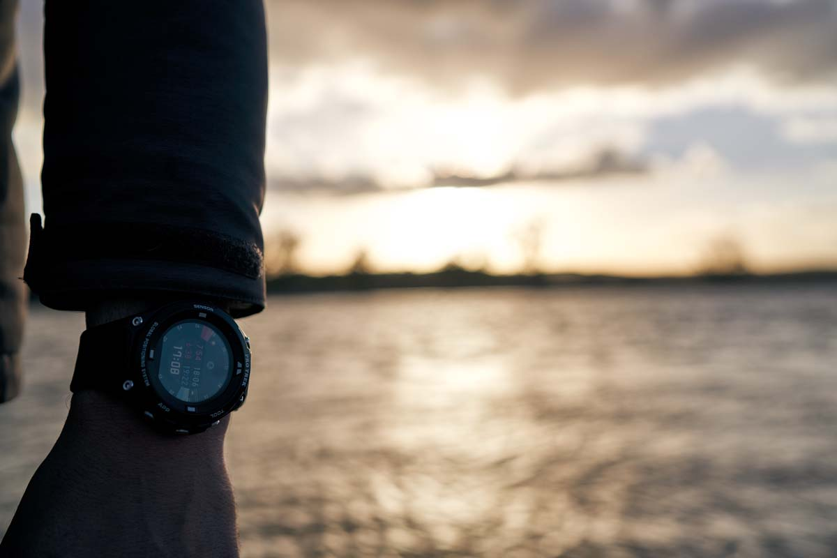 Durch die zuverlässige Anzeige vom Sonnenauf-und untergang kann man seinen Angeltag optimal planen. Foto: Julian Jankowski