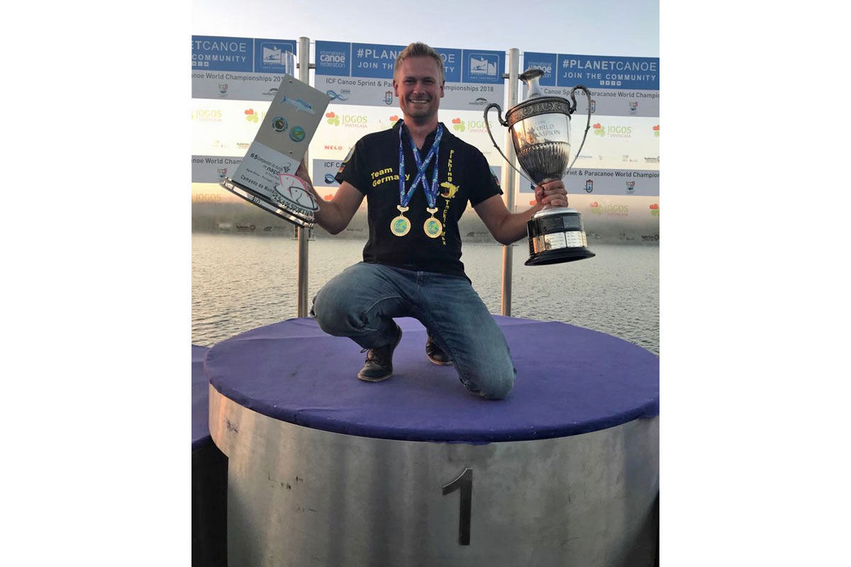 Johannes im Glück. Der Magdeburger konnte sich die Weltmeisterkrone im Stippangeln sichern. Foto: FTM