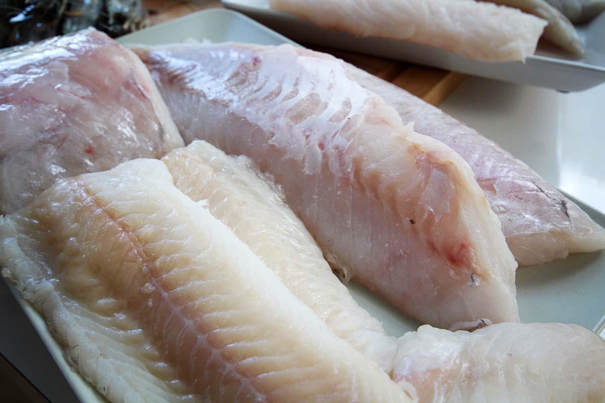 Die Fischfilets sollten absolut frisch und praktisch grätenfrei sein. Foto: L. Berding