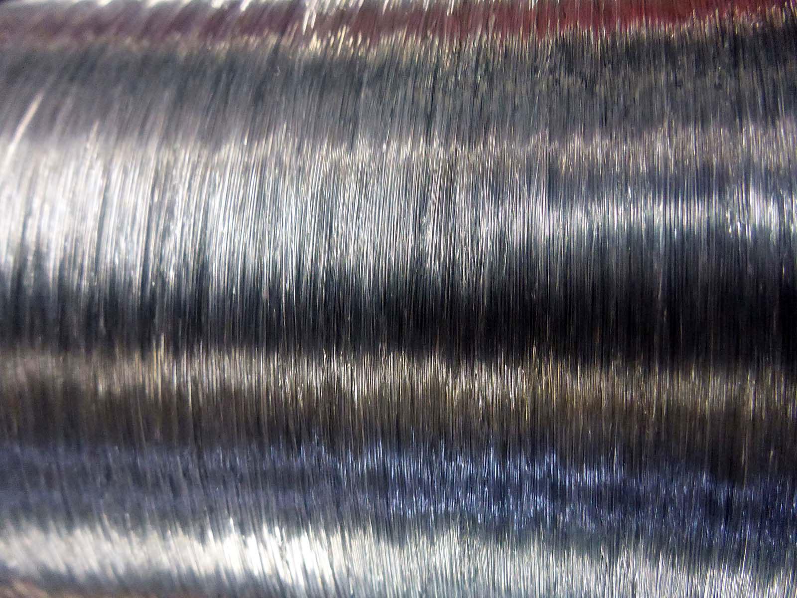 Monofile Schnur gibt es in unterschiedlichen Farben und Stärken. Sie hat eine gewisse Dehnbarkeit. Foto: J. Pusch