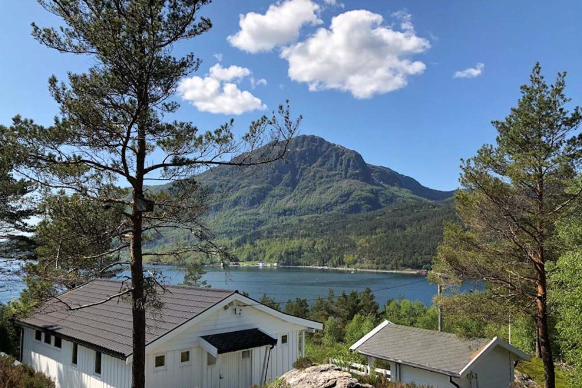 Euren Angelurlaub am Hardangerfjord in Westnorwegen verspricht nicht nur eine tolle Aussicht auf die Natur, sondern auch ein fantastisches Angeln. Foto: Borks