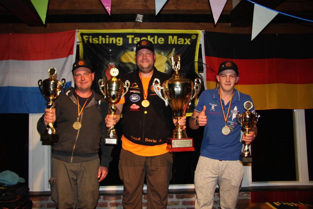 Die Sieger des diesjährigen Events: Matthias Holtmeyer auf dem 1. Platz, Benny Bongartz (links), Niklas Orthey (rechts) Foto: TFT