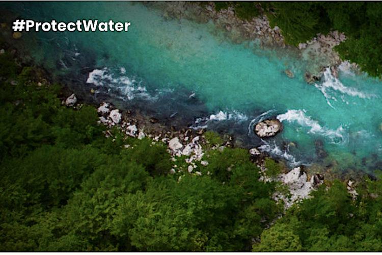 """Mit dem Slogan #ProtectWater setzt die Plattform """"Living Rivers Europe"""" mit der Europäischen Anglerallianz (EAA) ein Zeichen und ruft alle auf, sich für die Beibehaltung der WRRL und mehr Engagement bei der Umsetzung einzusetzen."""