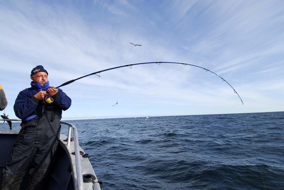Die Plateaus auf dem offenen Meer – wie hier am legendären Ørneklakken – sind für Großfischangler sehr interessant, aber auch nicht ungefährlich! Vor allem für kleinere Boote und erfahrene Crews. Foto: R. Korn