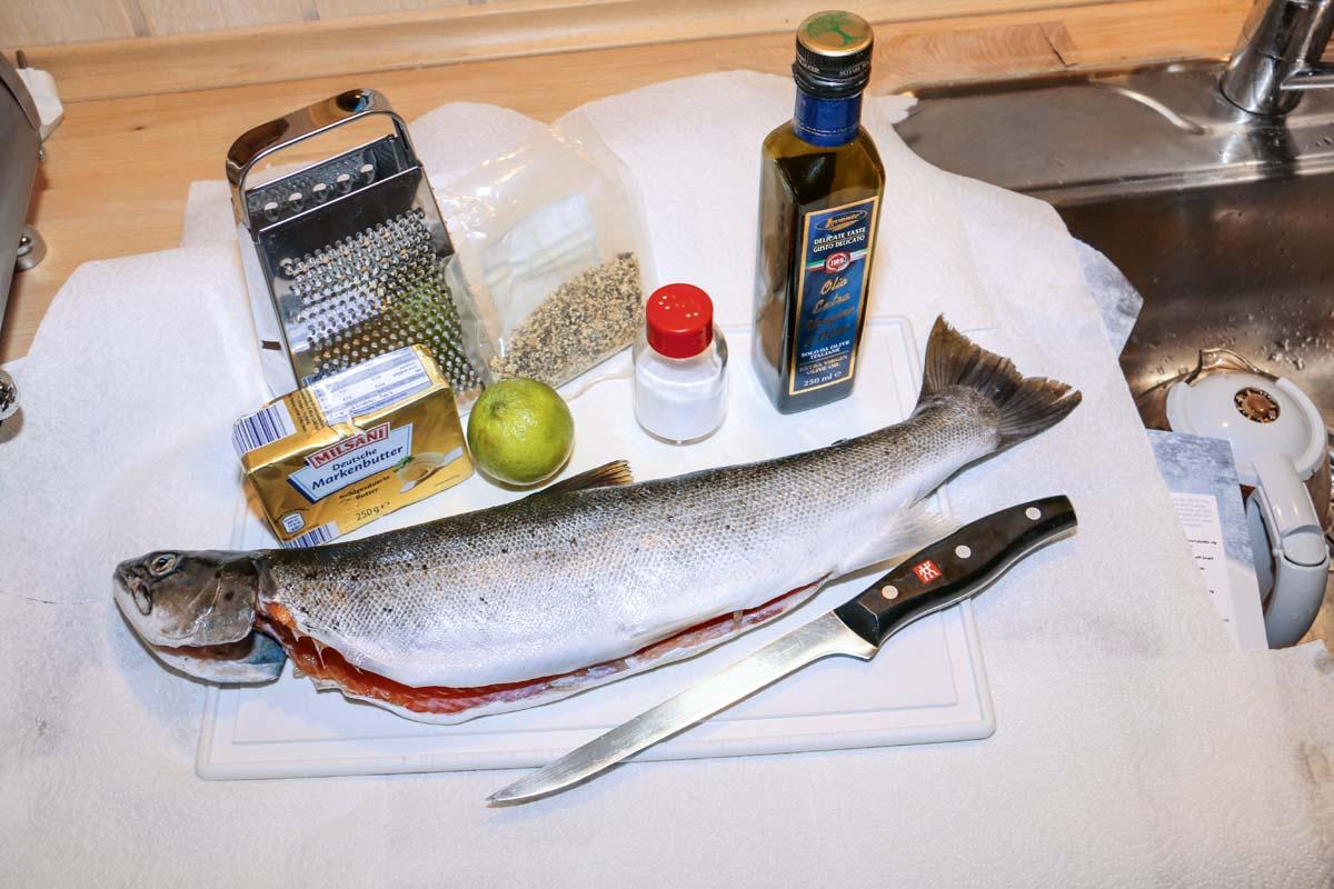 Diese wenigen Zutaten reichen, um aus einer Forelle ein leckeres Rezept zu zaubern. Foto: J. Radtke