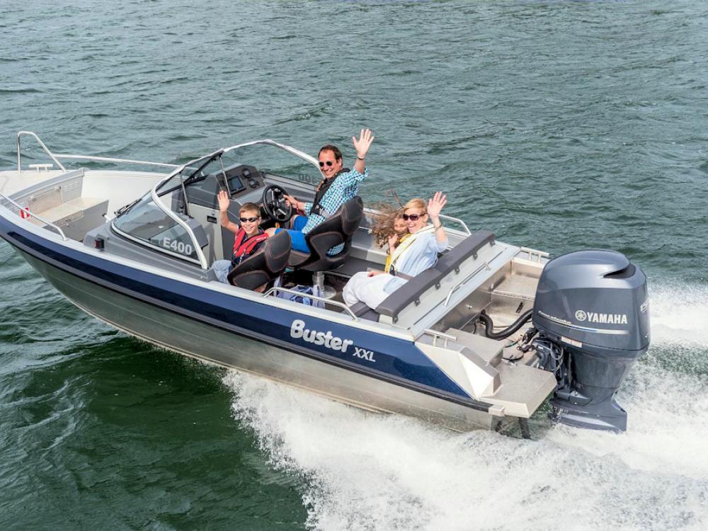 Mit diesen Motorboot könnt ihr schnell und sicher Eure Angelstellen ansteuern