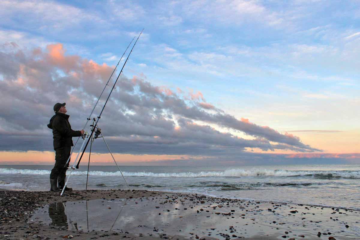 Erfolgreiches Brandungsangeln ist an der gesamten dänischen Küste möglich. Foto: Feriepartner Danmark