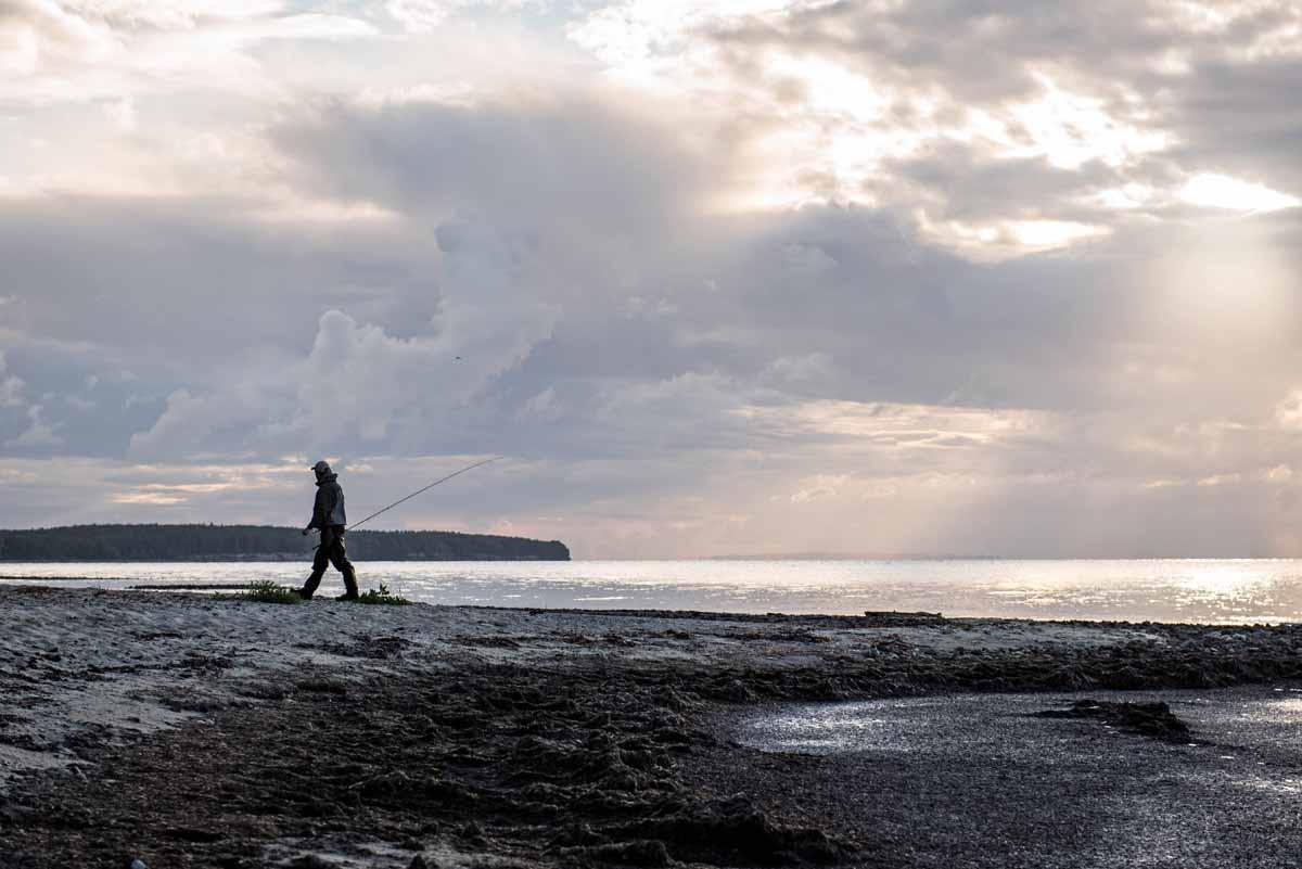 Auf den dänischen Ostseeinseln kann bei jedem Wind und Wetter geangelt werden. Foto: F. Lorentzen