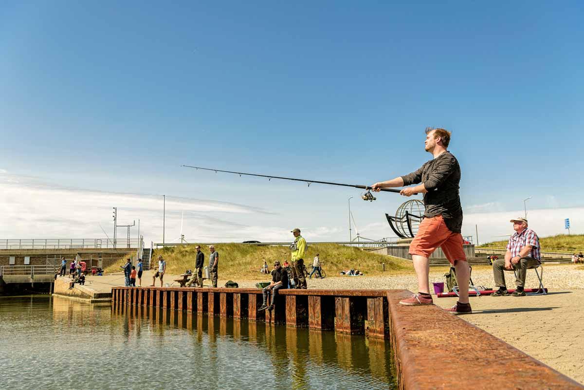 Windgeschützt und fischreich: Die Schleuse zum Fjord gilt als Hotspot. Foto: Visit Denmark