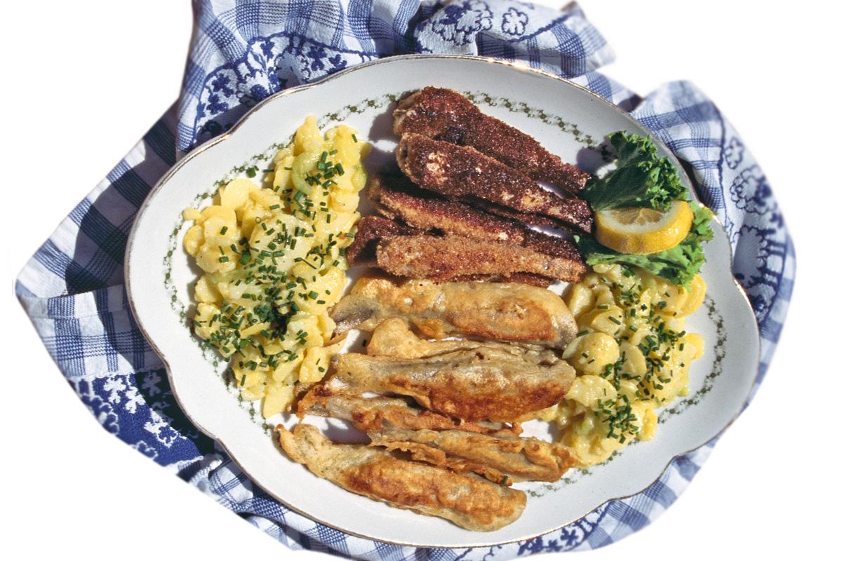 Stinte sind im Norden vom Arme-Leute-Essen zum Trendfisch avanciert. Und lecker sind sie zugegebenermaßen wirklich!