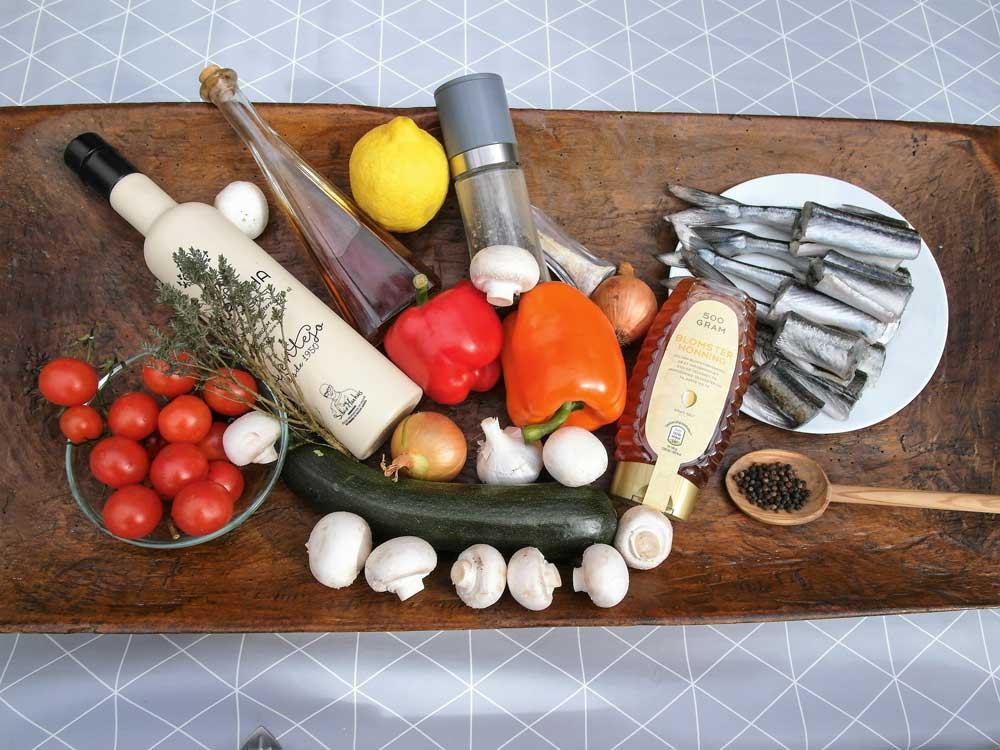 Die gesunden Zutaten runden das Hornhecht-Rezept perfekt ab.