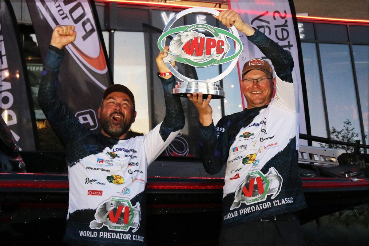 """""""Unvorstellbar, wir haben die World Predator Classic 2019 gewonnen."""" Martin und Radek sind mehr als überwältigt."""
