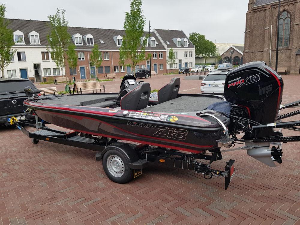 Ein Nitro Boot mit passendem Motor konnten die Sieger der World Predator Classic 2019 auch gleich mitnehmen.