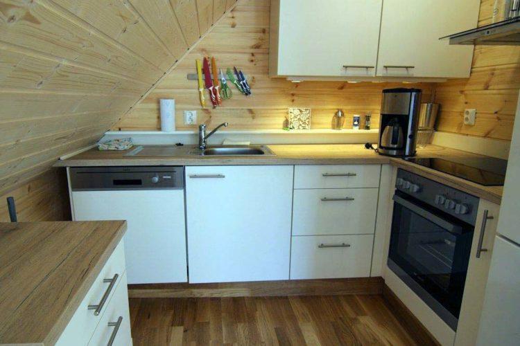 Die Küche ist mit allem ausgestattet, was man für einen Angelurlaub benötigt.