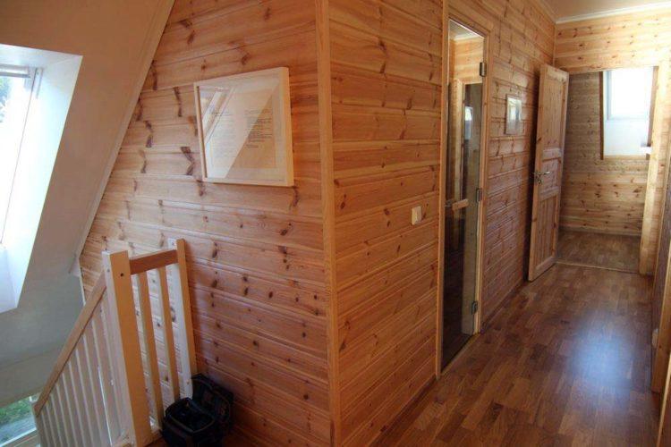 Lust auf Sauna? Kein Problem! Im Obergeschoss findet Ihr einen passenden Raum zum Relaxen und Schwitzen.