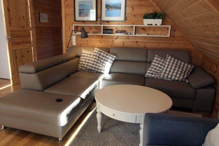 Der Wohnbereich ist der ideale Rückzugsort, um nach einem drillreichen Angeltag die Seele baumeln zu lassen.