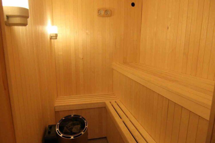 Eine Saune gehört zum Ferienobjekt dazu.