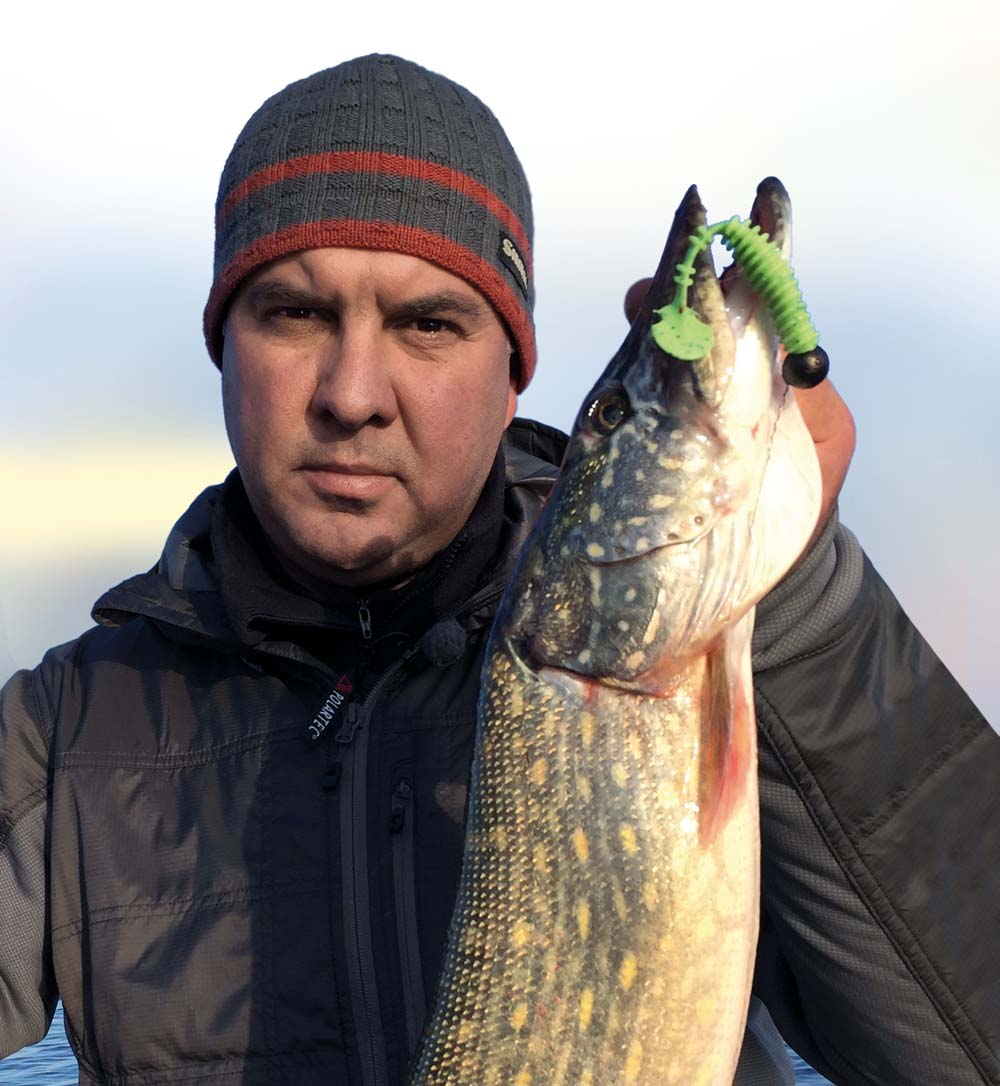 Yurij Petrasch ist mehrfacher Weltmeister und konnte mit dem Material sowie Ködern von FANATIK zahlreiche Erfolge erzielen.
