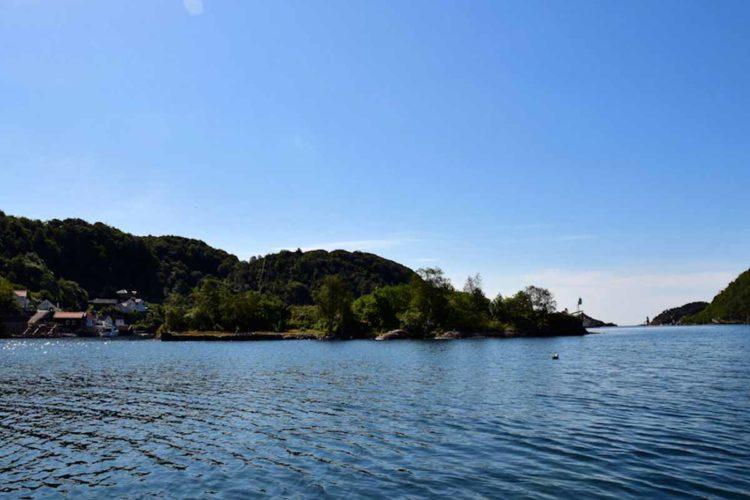 Auch landschaftlich ist der Rekefjord wirklich sehenswert. Foto: Borks